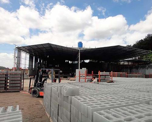 Fábrica de blocos de concreto