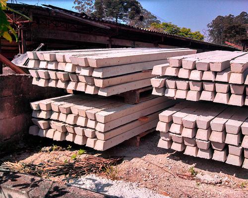 Mourão de cimento